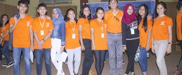 9 Siswa-Siswi SMA N 9 Manado Berkesempatan Belajar Bersama Maestro SULUT.