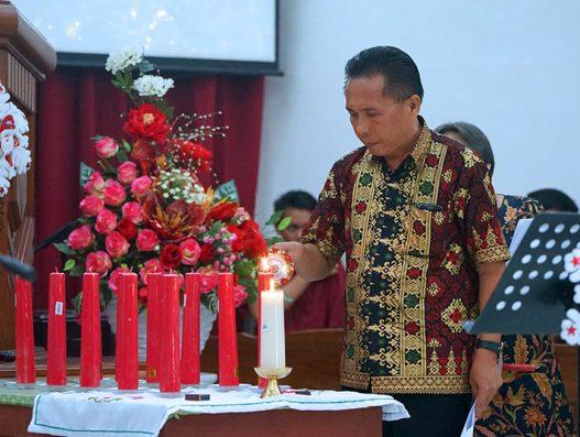 Ibadah Pra-Natal SMA N 9 Manado